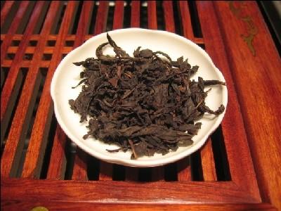 Улун полуферментированный чай Да Хун Пао (Большой красный халат)