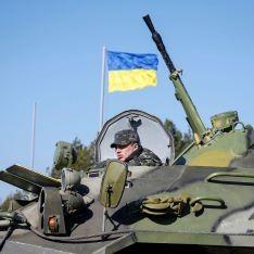 Новости дня: На переоснащение армии в 2015 г выделят 10 млрд грн, восстановление Дома профсоюзов обойдется в 60 млн грн, Евросоюз не будет отменять санкции